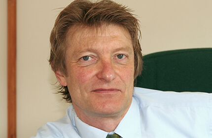 Dr Nigel Plummer - microbiologist and probiotic specialist - ProVen