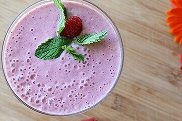 Healthy Diet & Lifestyle with smoothies - Lisa Snowdon