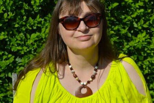 Enjoying the Erica Hughes, Nine to Three Thirty Blog