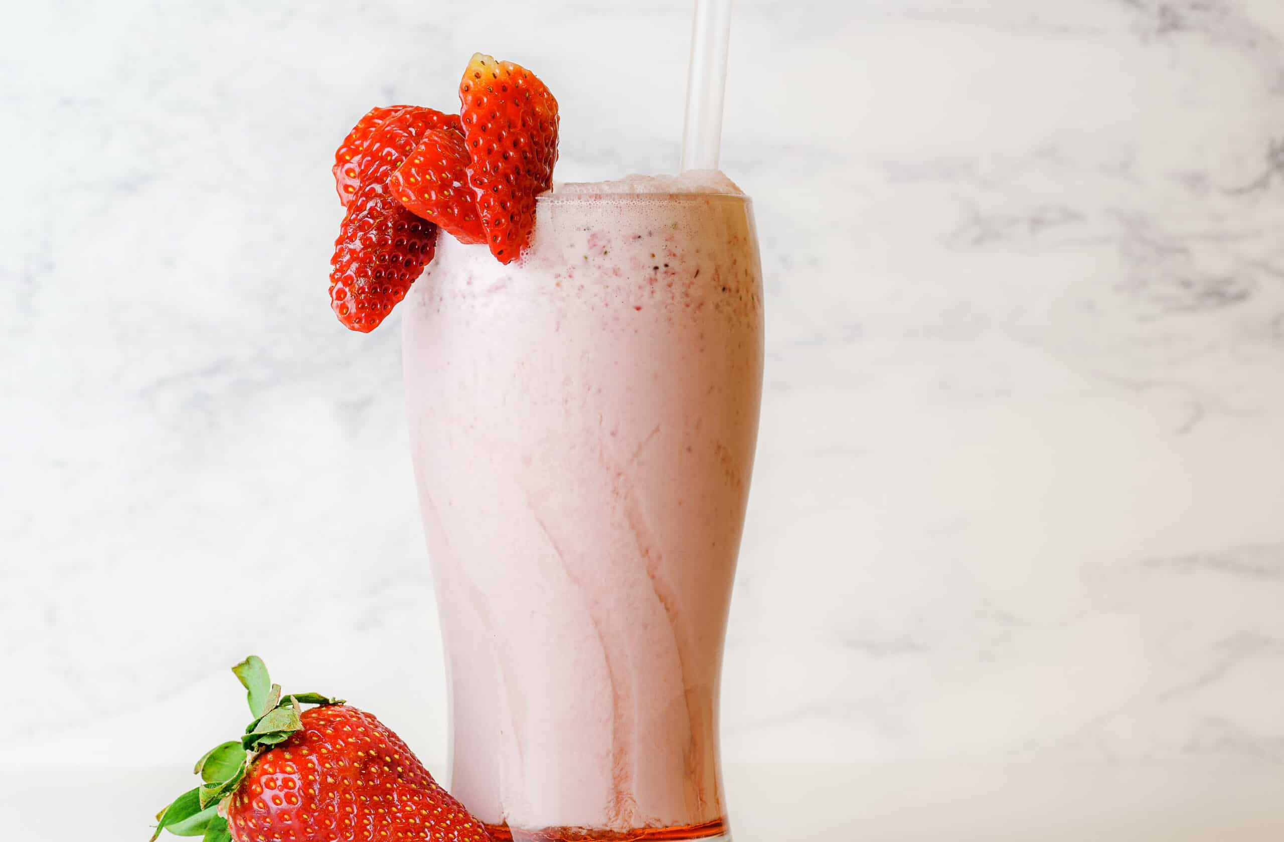 Healthy protein smoothie for a healthy gut
