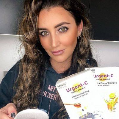 Georgina Leigh C, a social media influencer advocating the ProVen Probiotics brand